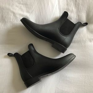 J. Crew black rubber rain boots 8